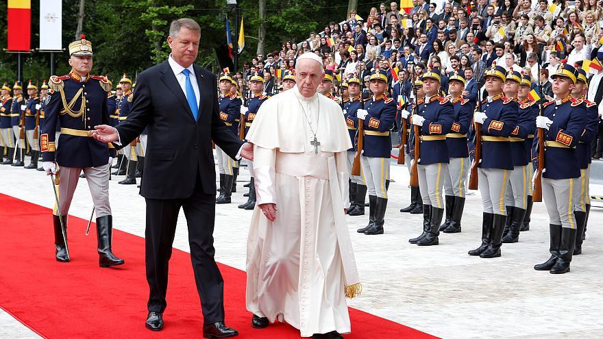 , Pope Francis arrives in Bucharest for three-day visit to Orthodox Romania, startachim blog, startachim blog